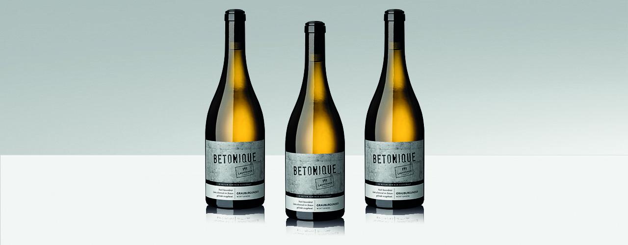 Drei Flaschen des Betonique Grauburgunder trocken der Lauffener Weingärtner