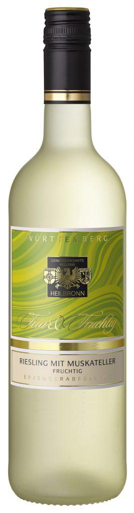 Man sieht die Abbildung einer Flasche des Riesling mit Muskateller der Genossenschaftskellerei Heilbronn