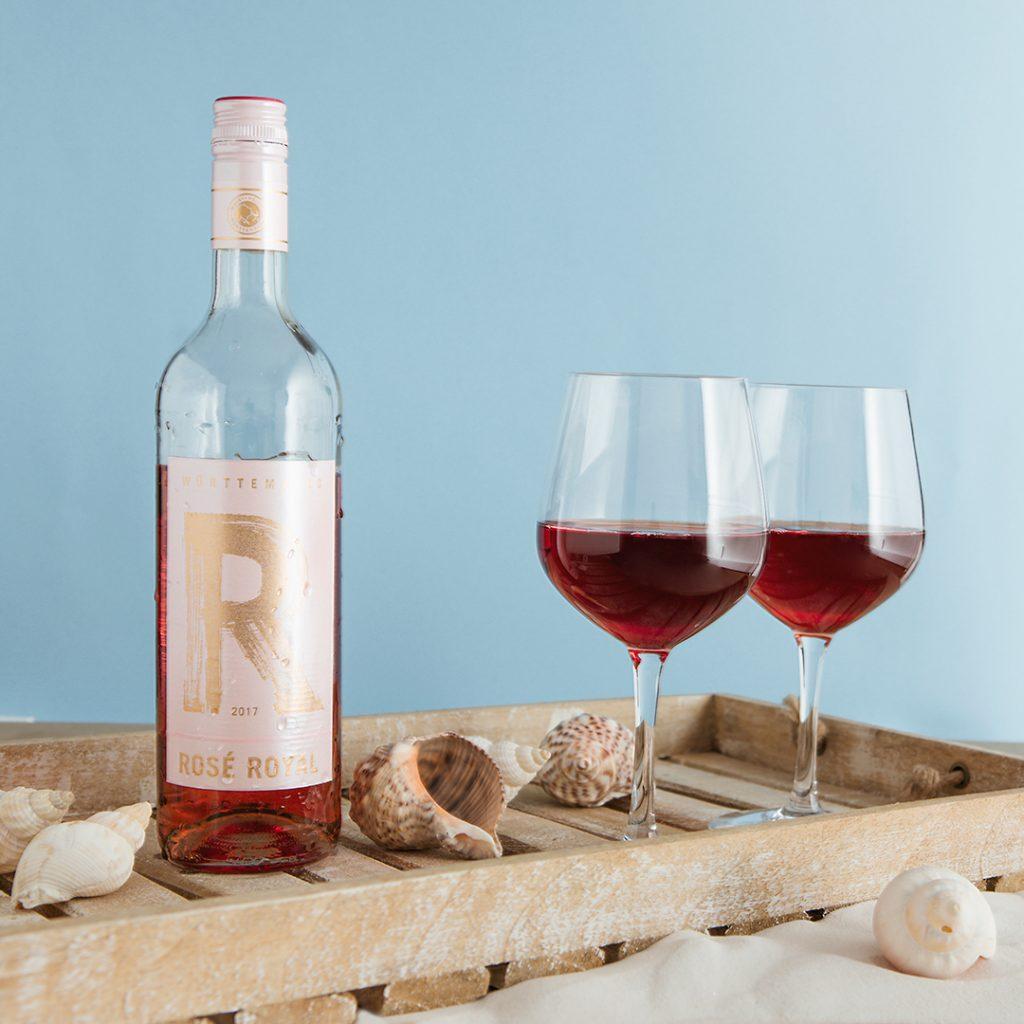 Zwei Gläser Rosé Royal