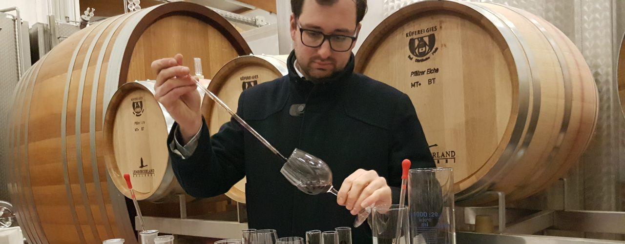 Wein selbst kreieren bei der Weinmachertour
