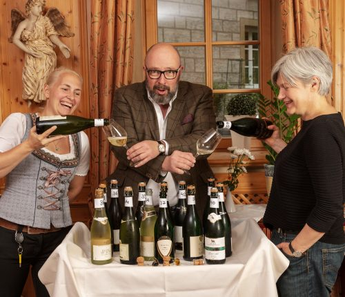 Nadine Stocker, Harald Scholl und Ulrike Palmer bei der Verkostung