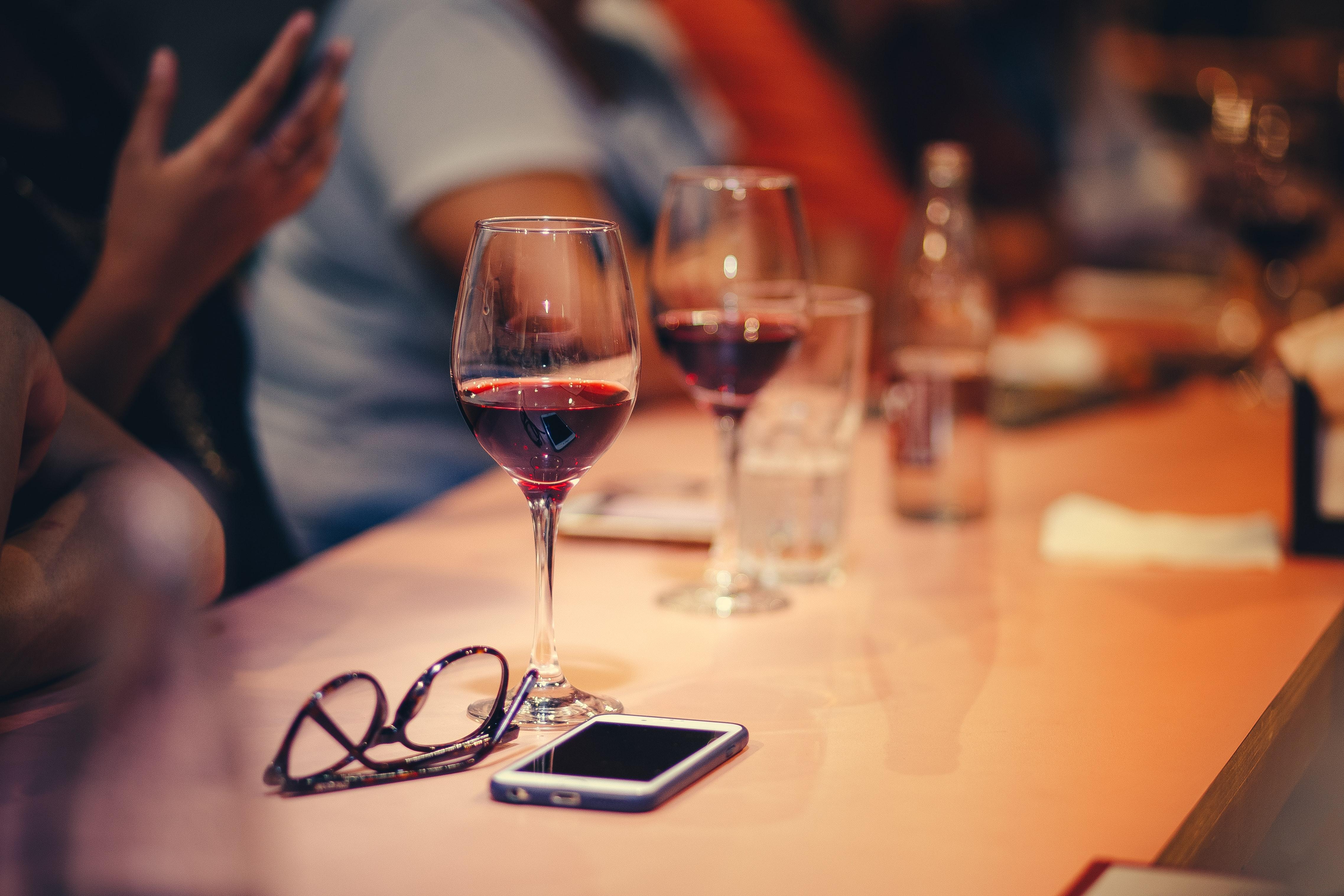 Wein in Bar