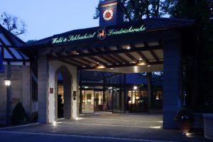 Eingang zum Wald & Schlosshotel Friedrichsruhe