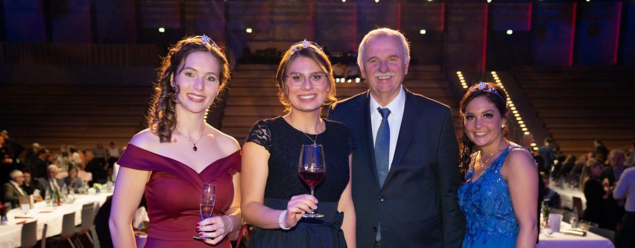 Tamara Elbl ist neue Württemberer Weinkönigin