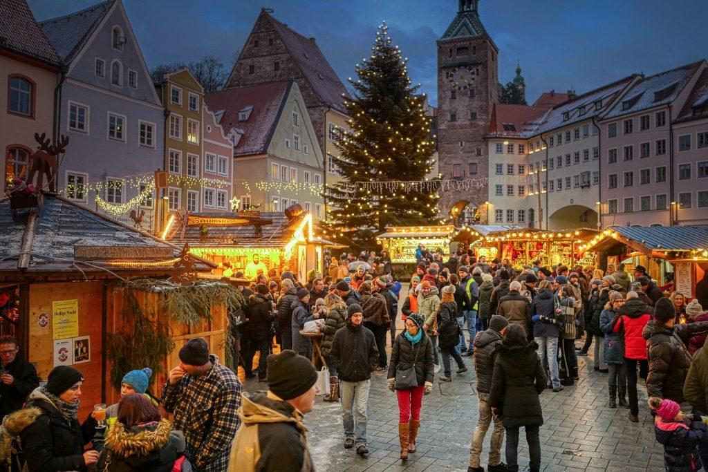 Weihnachtsmarkt über das Nikolaus Wochenende
