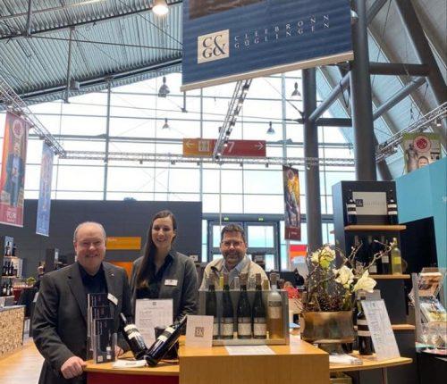 Mitarbeiter der Weingärtner Cleebronn-Güglingen am Gemeinschaftsstand der Weinheimat Württemberg auf der Intergastra 2020