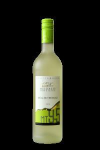Der 2018 Müller-Thurgau fruchtig, alkoholleicht der Weingärtnergenossenschaft Metzingen eG
