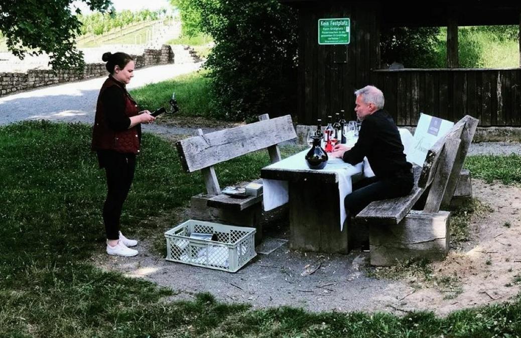 Marian Kopp bei einer Online-Weinprobe der Lauffener Weingärtner