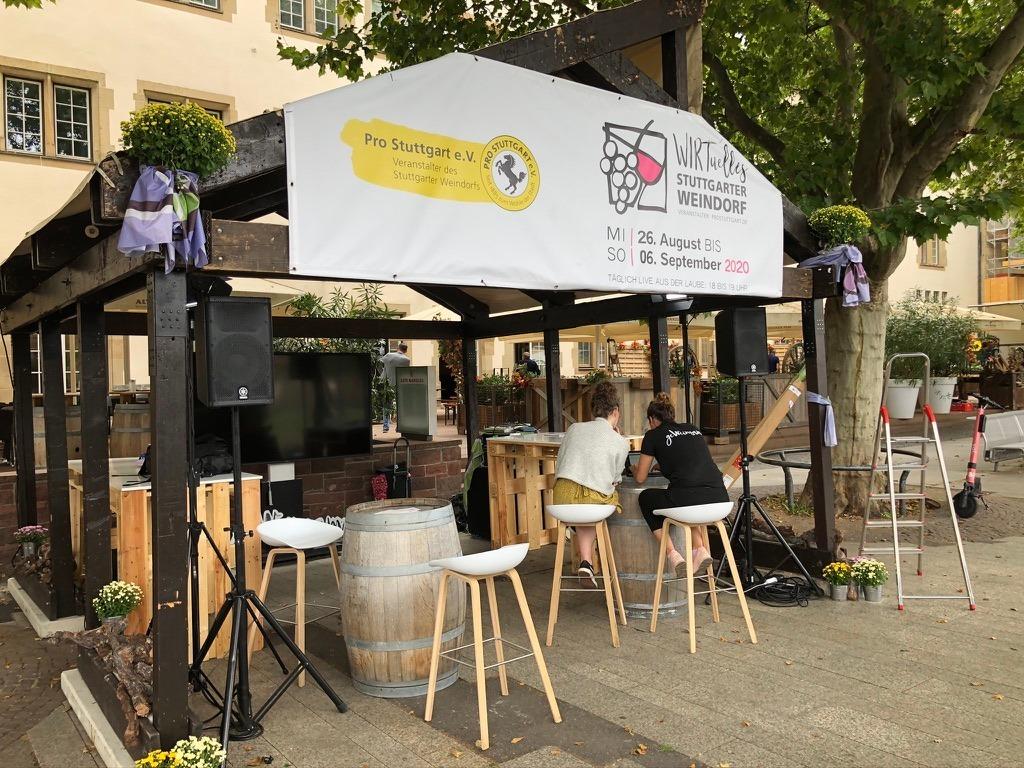 Bild der 2020 einzigen Laube beim Stuttgarter Weindorf