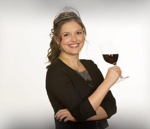 Hat ein badisches Paket für die BW Classics zusammengestellt: Badens Weinkönigin Sina Erdrich