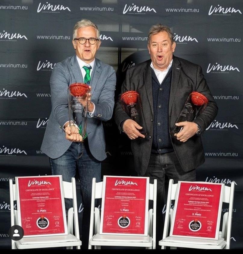 Mirko Semmler-Lins (Geschäftsführer Weinkonvent Dürrenzimmern) und Kurt Freudenthaler (Kellermeister Weinkonvent Dürrenzimmern)
