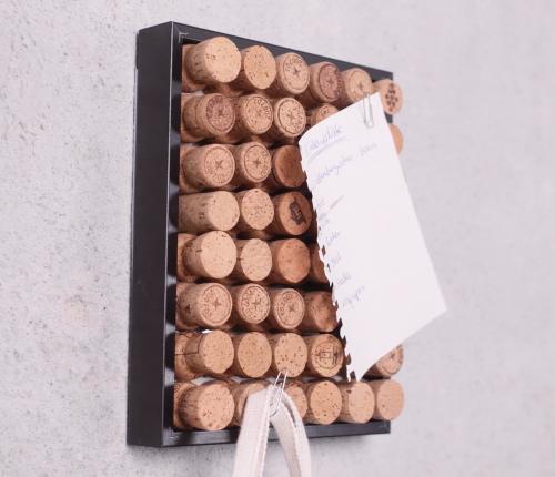 Pinnwand DIY aus Weinkorken