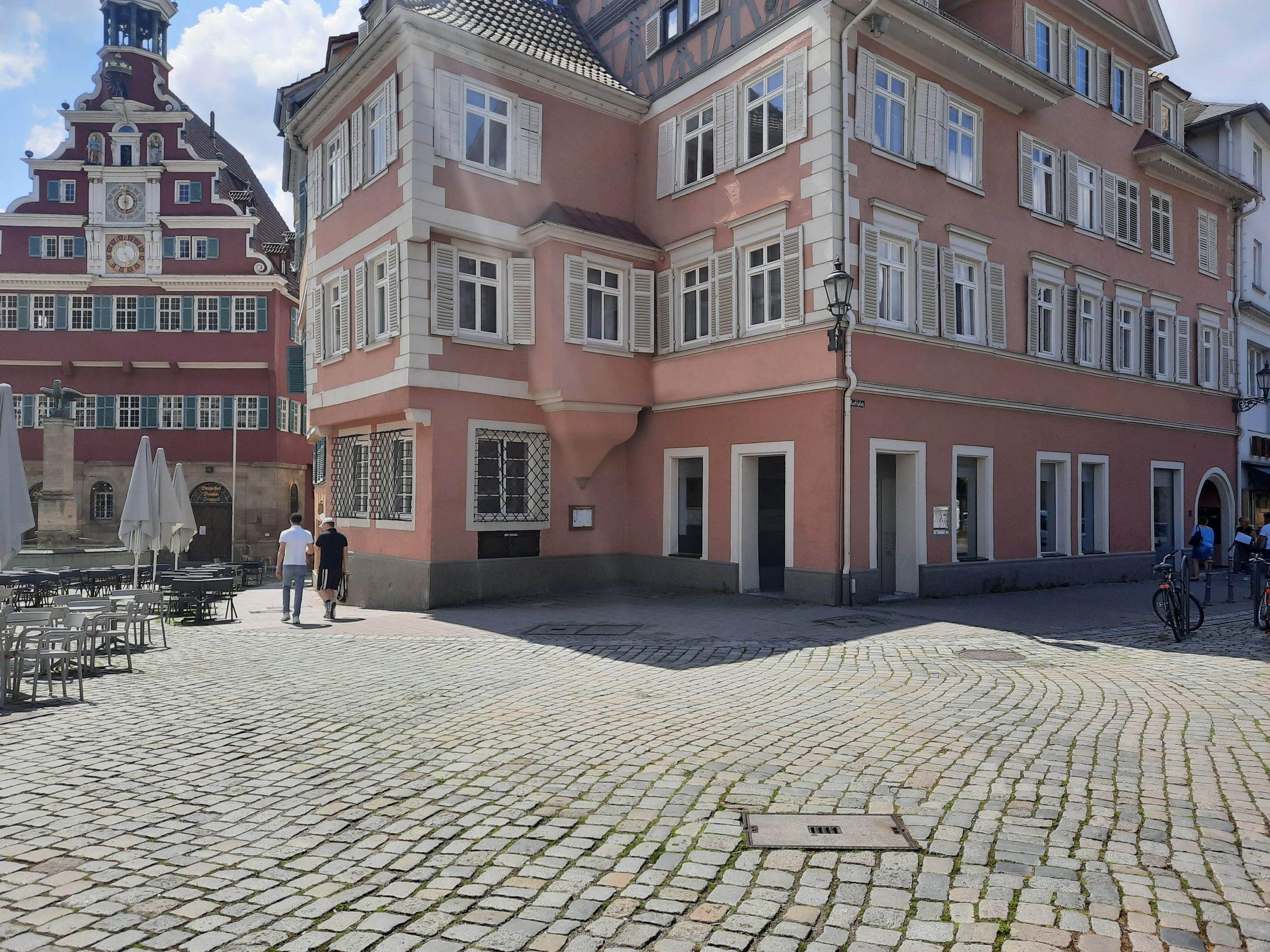 Die neue Vinothek der Weingärtner Esslingen am Esslinger Marktplatz