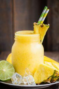 Ananas-Wein-Slushie
